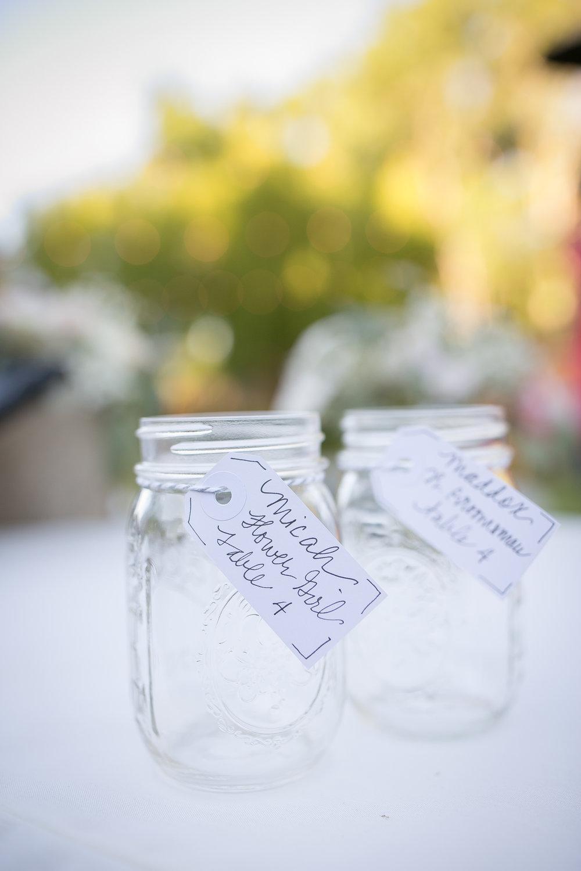 www.santabarbarawedding.com | Kelsey Crews Photography | Escort Cards | Mason Jars