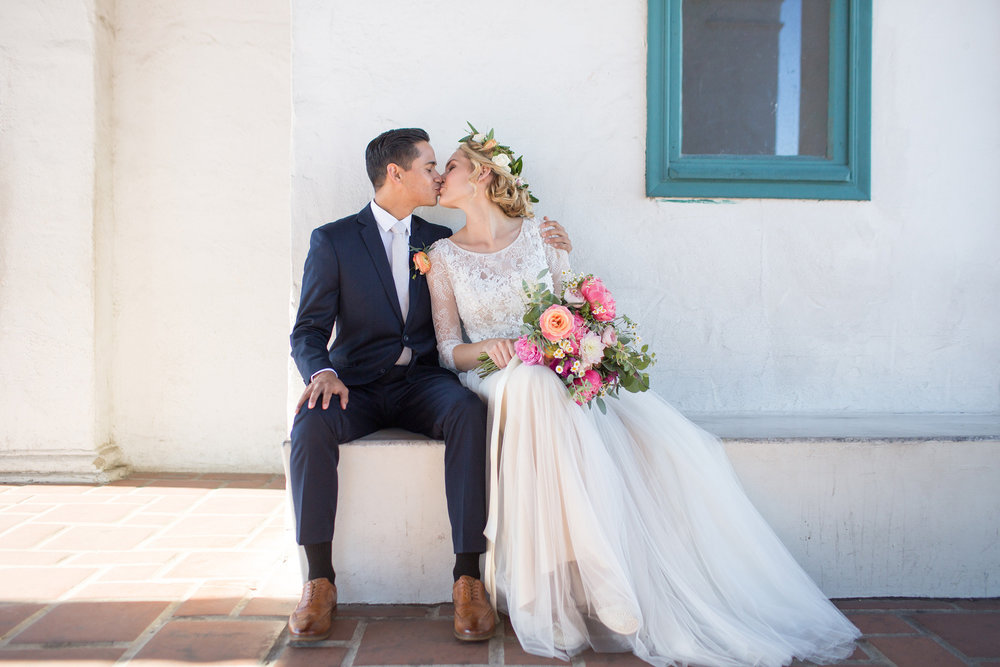 www.santabarbarawedding.com | Anna J Photography | Santa Barbara Courthouse | Ella & Louie | Bride and Groom