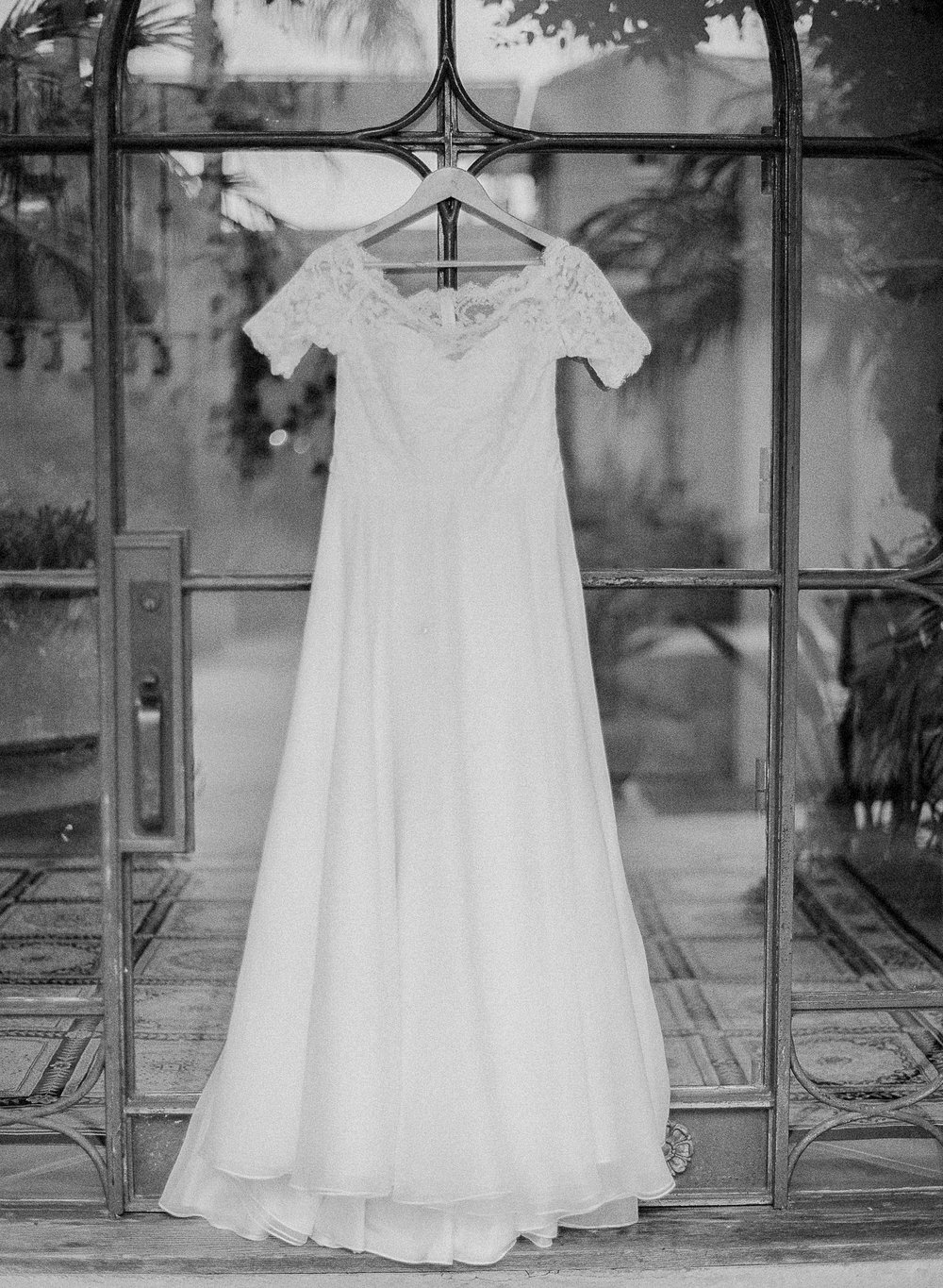 www.santabarbarawedding.com | Villa Verano | Clarissa Koenig Photography | Felici Events | Wedding Gown