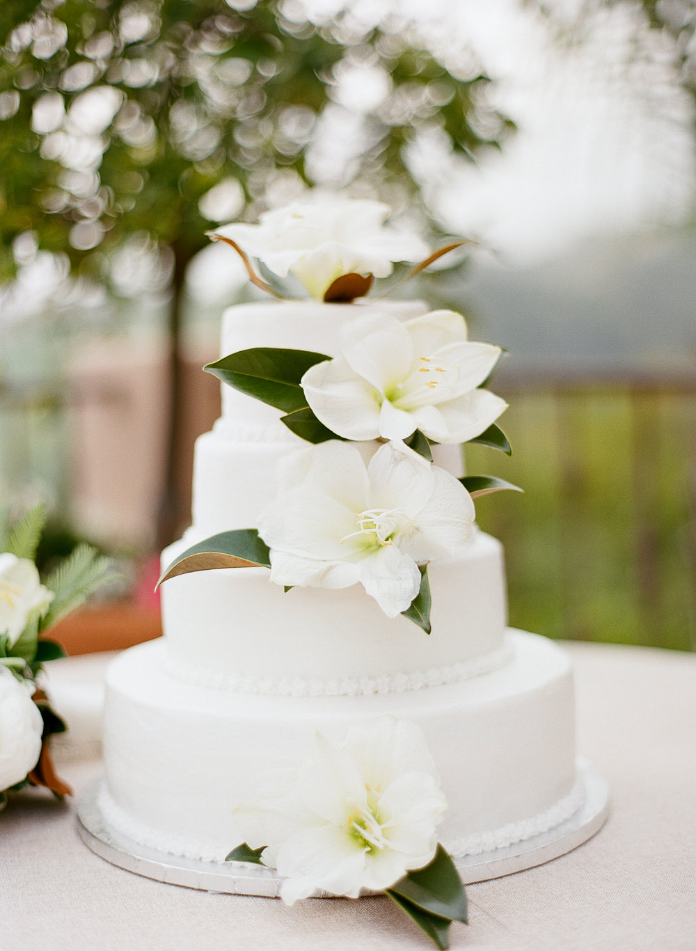 www.santabarbarawedding.com | Villa Verano | Clarissa Koenig Photography | Felici Events | Wedding Cake