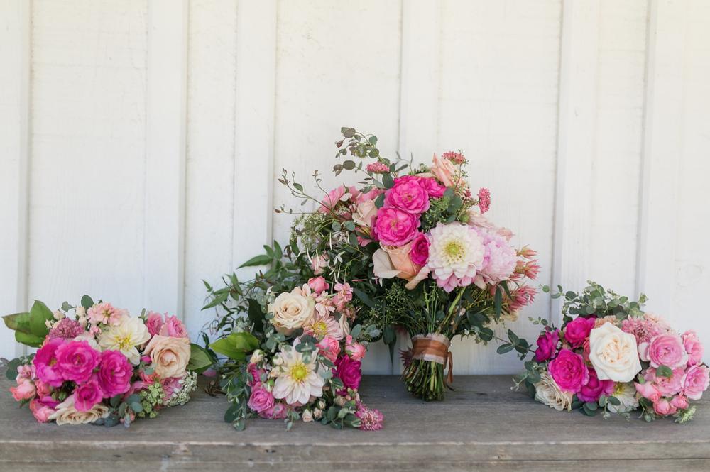 www.santabarbarawedding.com | Mattei's Tavern | Staci Stack Photography | Margaret Joan Floral | Floral Arrangements