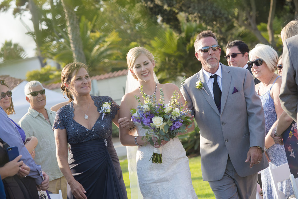 www.santabarbarawedding.com | By Cherry Photography | Chase Palm Park | Ceremony