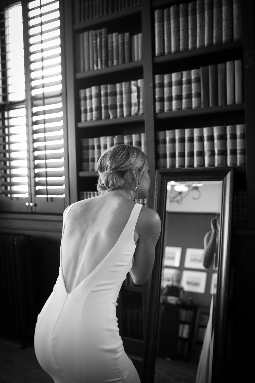 www.santabarbarawedding.com | Kelsey Crews | Felici Events | Santa Barbara Club | Bride Getting Ready
