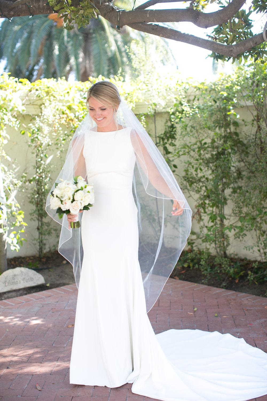 www.santabarbarawedding.com | Kelsey Crews | Felici Events | Santa Barbara Club | Bride