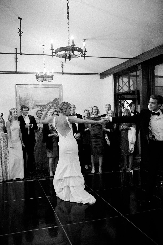 www.santabarbarawedding.com | Kelsey Crews | Felici Events | Santa Barbara Club | Dancing
