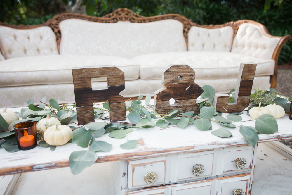 www.santabarbarawedding.com | The Gardens at Peacock Farms | Jennifer Lourie | Lounge Seating at Reception