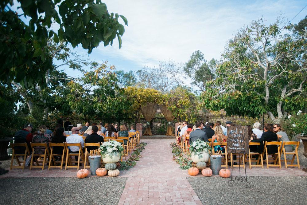 www.santabarbarawedding.com | The Gardens at Peacock Farms | Jennifer Lourie | Ceremony