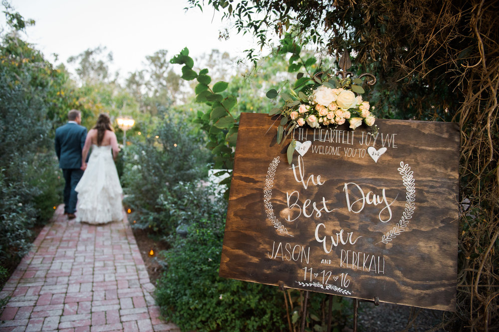 www.santabarbarawedding.com | The Gardens at Peacock Farms | Jennifer Lourie | Bride and Groom