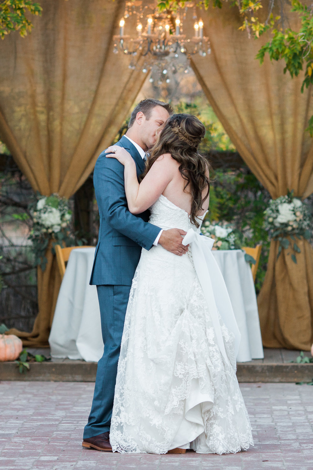 www.santabarbarawedding.com | The Gardens at Peacock Farms | Jennifer Lourie | Bride and Groom | First Dance