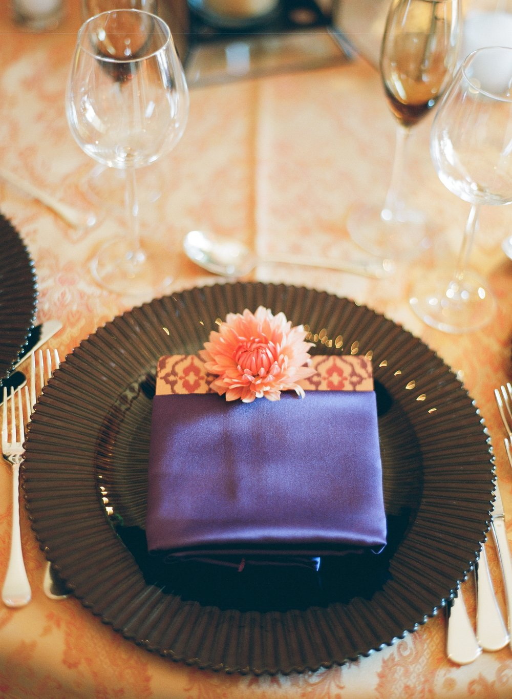 Santa Barbara Wedding Style | Jose Villa Photography | Magnolia Event Design | Pantone Color of the Year | Ultraviolet | Place Setting