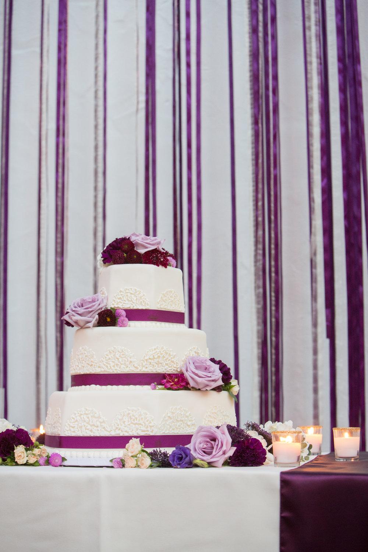 Wedding Ideas | Margaret Joan Floral | Kesley Crews | Wedding Planner Zohe Felici | Pantone Color of the Year | Ultraviolet | Wedding Cake | Christine Dahl