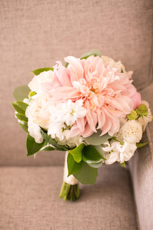 www.santabarbarawedding.com | Kelsey Crews | Fess Parker Doubletree | Bridal Bouquet