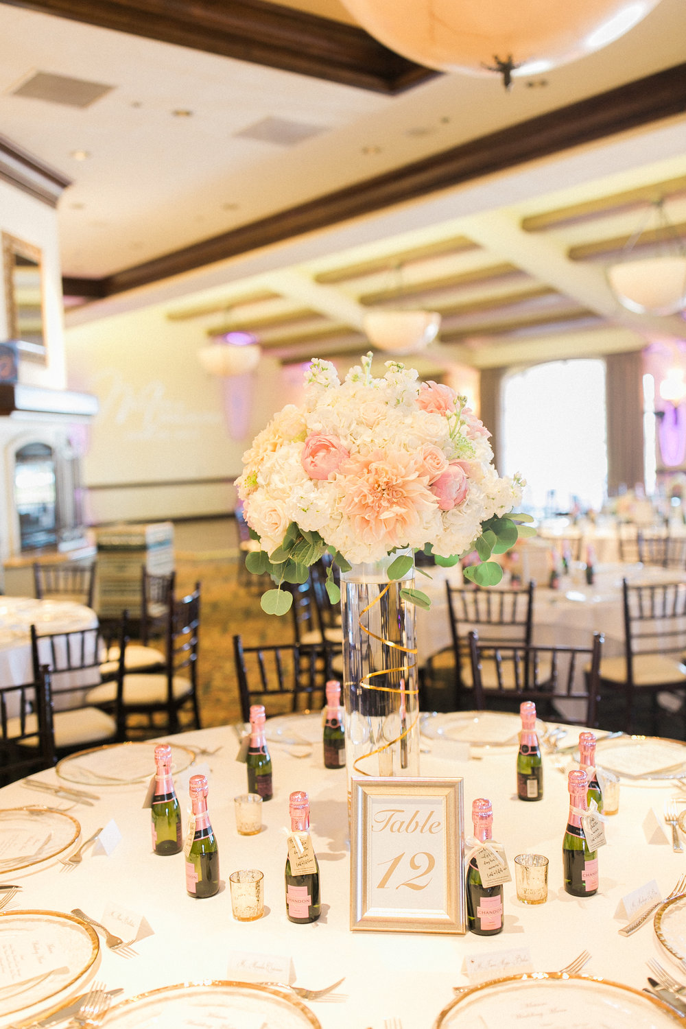 www.santabarbarawedding.com | Kelsey Crews | Fess Parker Doubletree | Reception Table