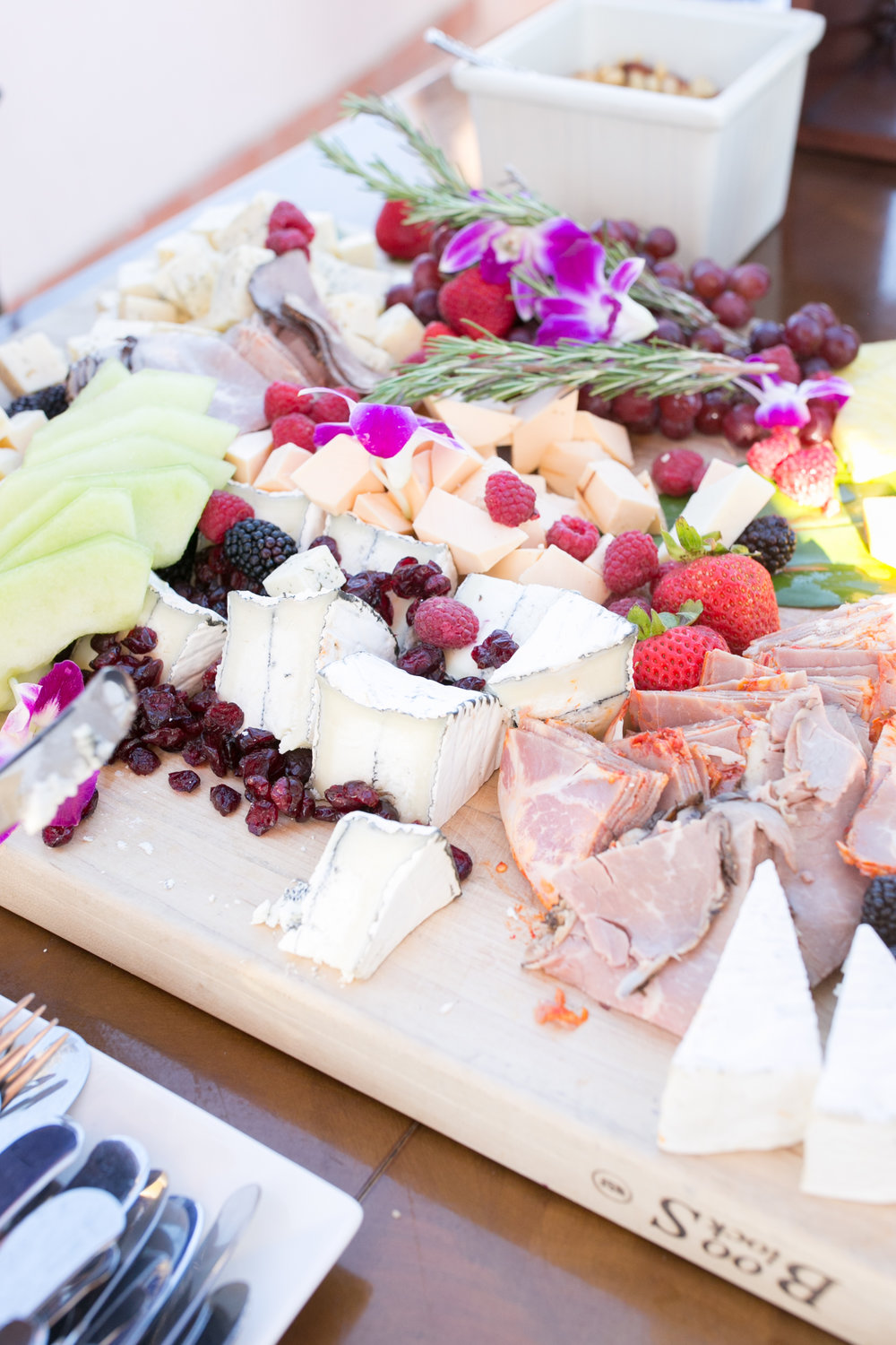 www.santabarbarawedding.com | Kelsey Crews | Fess Parker Doubletree | Reception Food