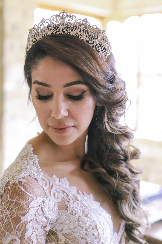 www.santabarbarawedding.com | Joseph Henry Photo | Sunstone Winery | Bride
