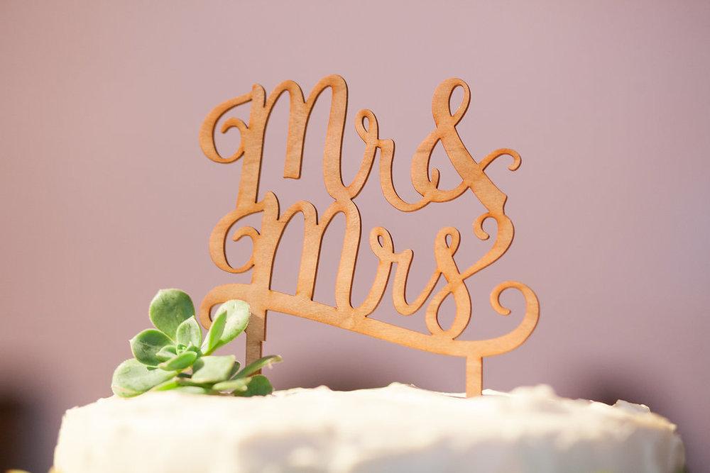 www.santabarbarawedding.com | Felici Events | Melissa Musgrove | El Paseo | Wedding Cake Topper