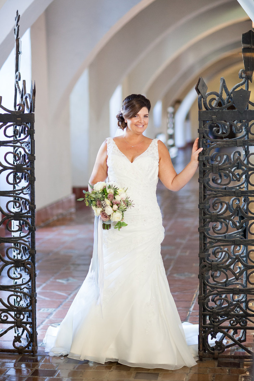 www.santabarbarawedding.com | Felici Events | Melissa Musgrove | El Paseo | Bride