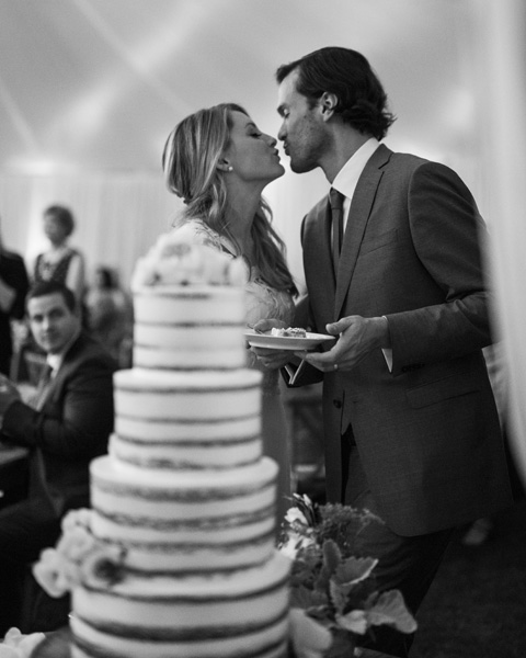 www.santabarbarawedding.com | San Ysidro Ranch | David Kepner | Wedding Cake | Lele Patisserie