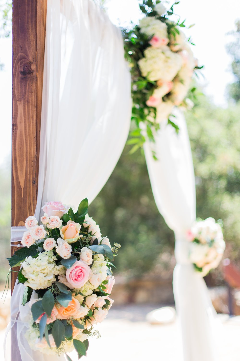 www.santabarbarawedding.com | Josh Newton | Elings Park | Burlap & Bordeaux | Wedding Arch