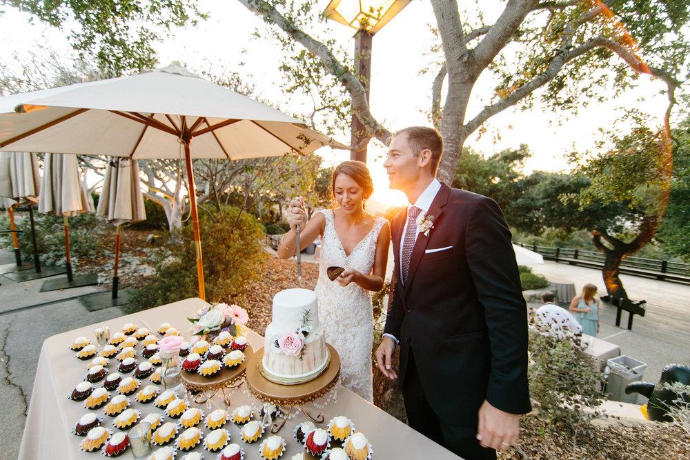 www.santabarbarawedding.com | Josh Newton | Elings Park | Burlap & Bordeaux | Cake Cutting