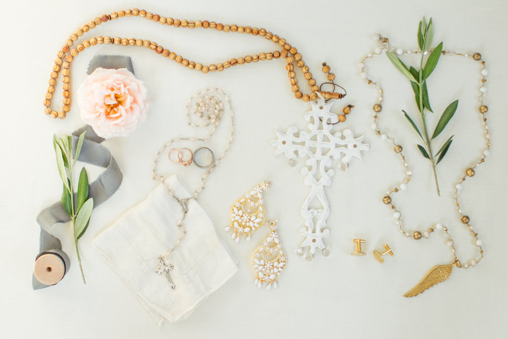www.santabarbarawedding.com | Atelier de La Fleur Weddings & Events | Mike Larson | Bride's Accessories