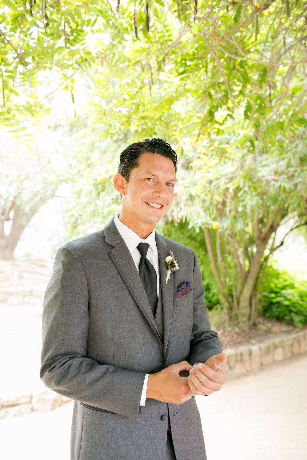 www.santabarbarawedding.com | Kelsey Crews | Felici Events | Alice Keck Park | Groom