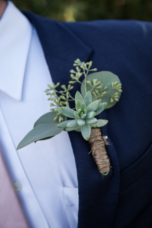 www.santabarbarawedding.com | Cameron Jordan Artistry | Gerry Ranch | Boutonniere