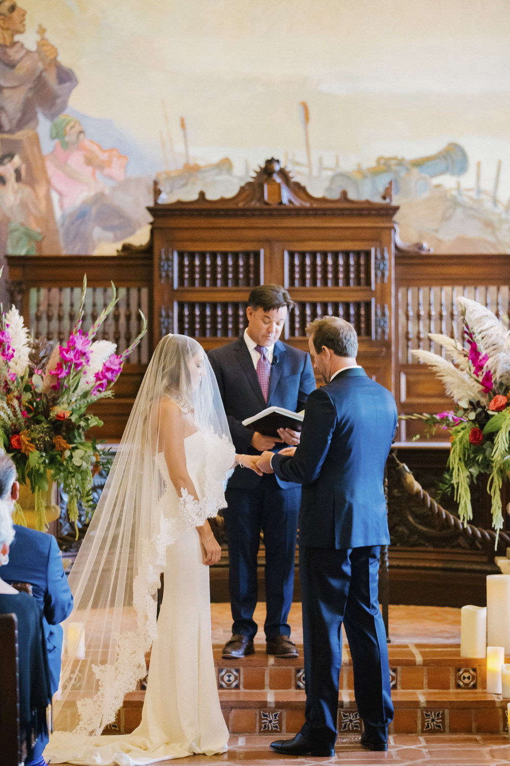 www.santabarbarawedding.com | Santa Barbara Courthouse | Canary Hotel | Aurelia D'Amore Photography | Ceremony | Bride and Groom