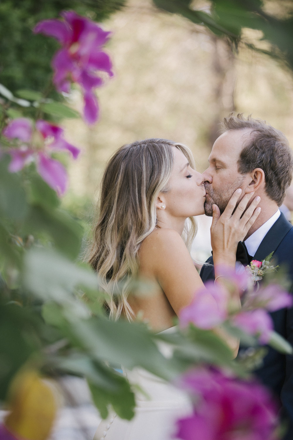 www.santabarbarawedding.com | Santa Barbara Courthouse | Canary Hotel | Aurelia D'Amore Photography | Bride and Groom