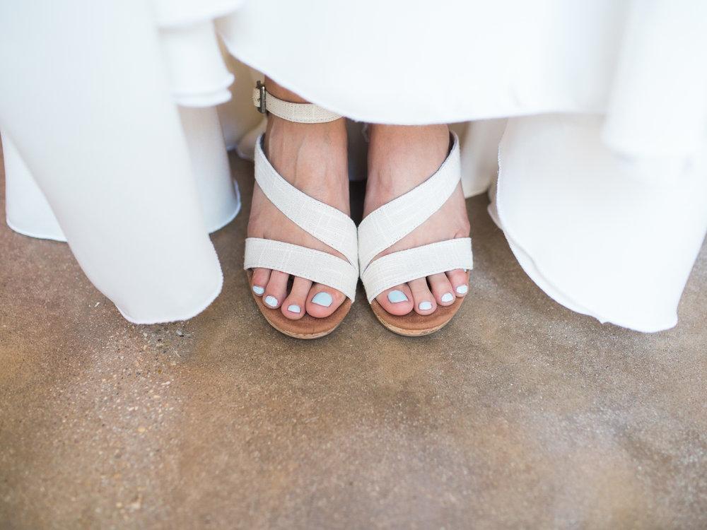 www.santabarbarawedding.com | Santa Barbara Zoo | Kiel Rucker | Rincon Catering | Bride's Shoes