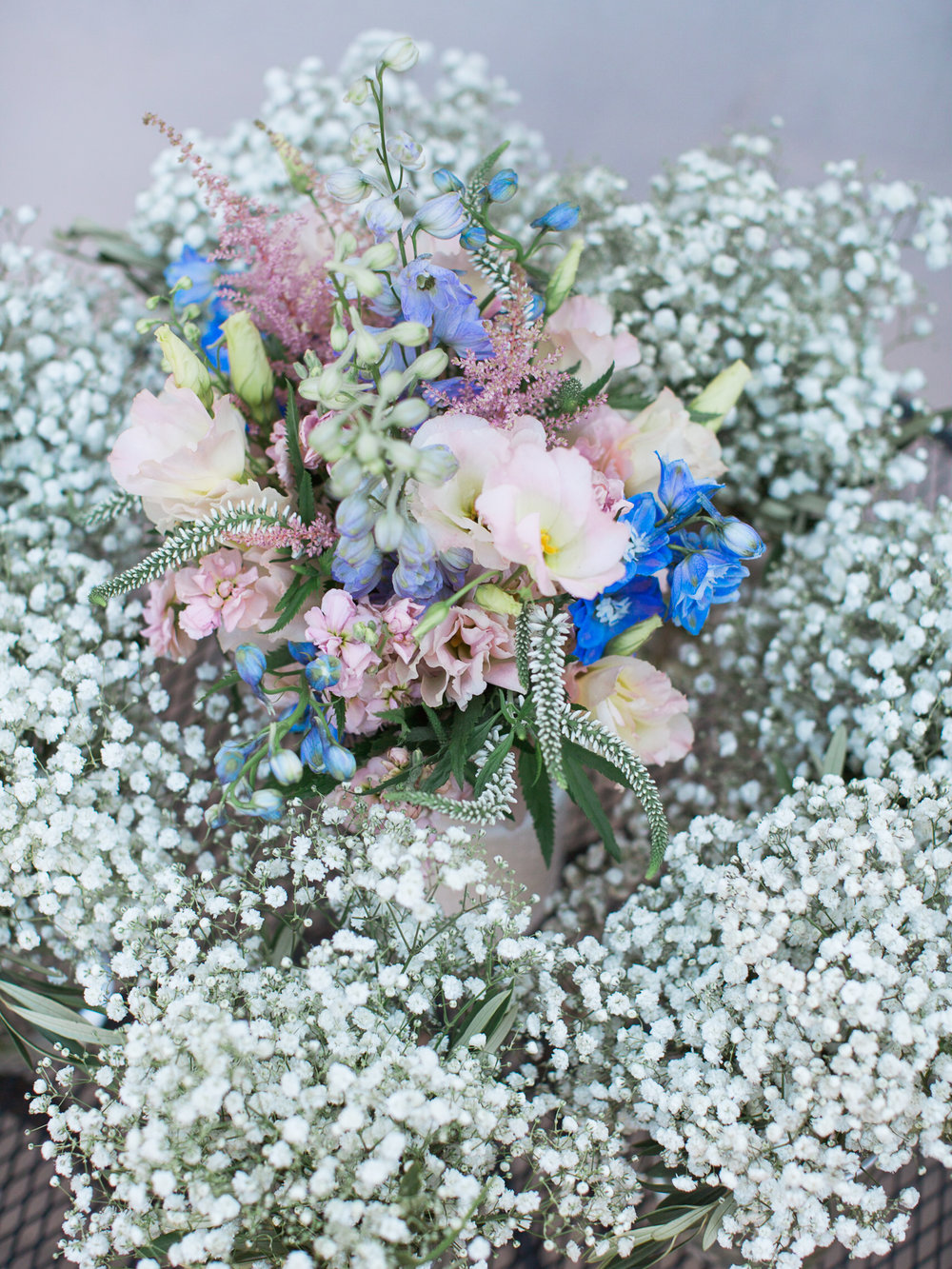 www.santabarbarawedding.com | Santa Barbara Zoo | Kiel Rucker | Rincon Catering | Flowers