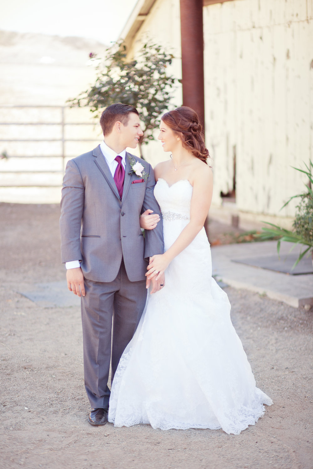 www.santabarbarawedding.com | Kay Mitchell Photography | Madonna Ranch | Bride and Groom