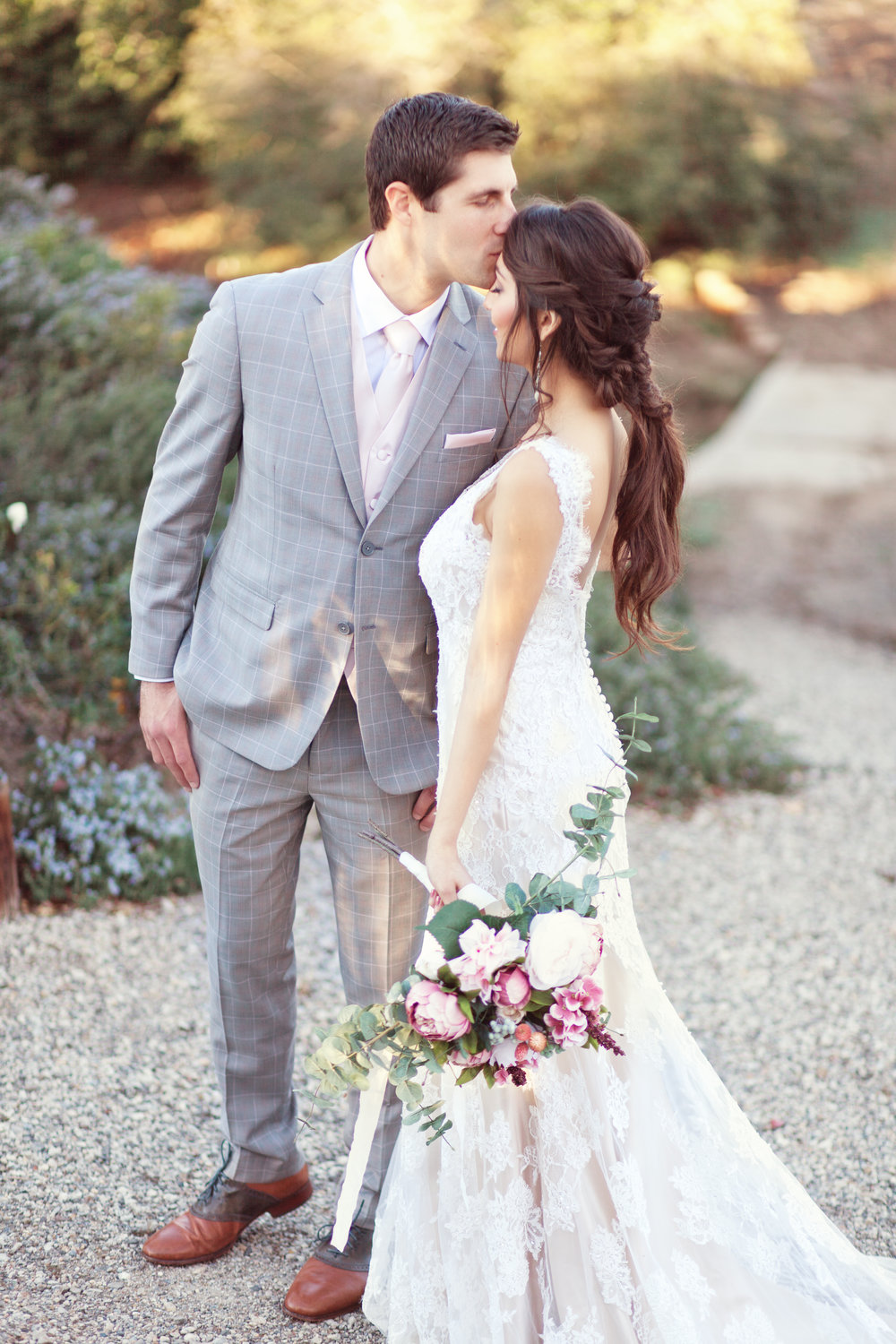 www.santabarbarawedding.com | Kay Mitchell Photography | The Dana-Powers House | Bride and Groom