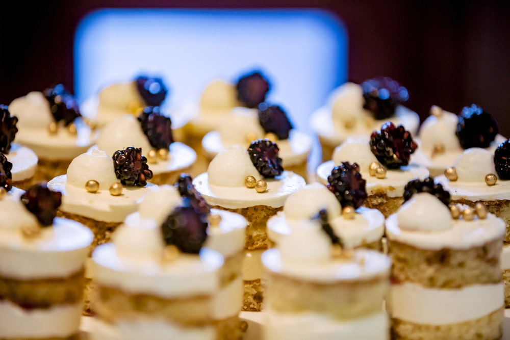 www.santabarbarawedding.com | Rewind Photography | The Ritz Carlton Bacara | Amazing Days Events | Dessert Table