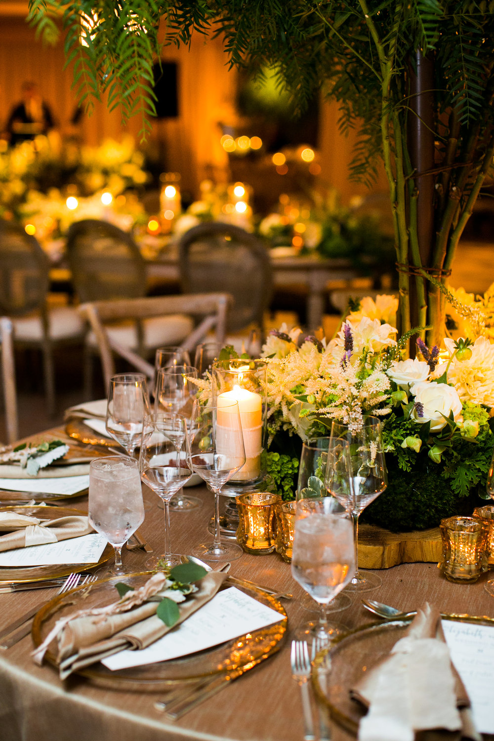www.santabarbarawedding.com | Four Seasons Santa Barbara | Levine Fox Events | Callaway Gable Photo | Reception Table