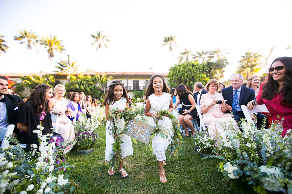 www.santabarbarawedding.com | Four Seasons Santa Barbara | Levine Fox Events | Callaway Gable Photo | Flower Girls
