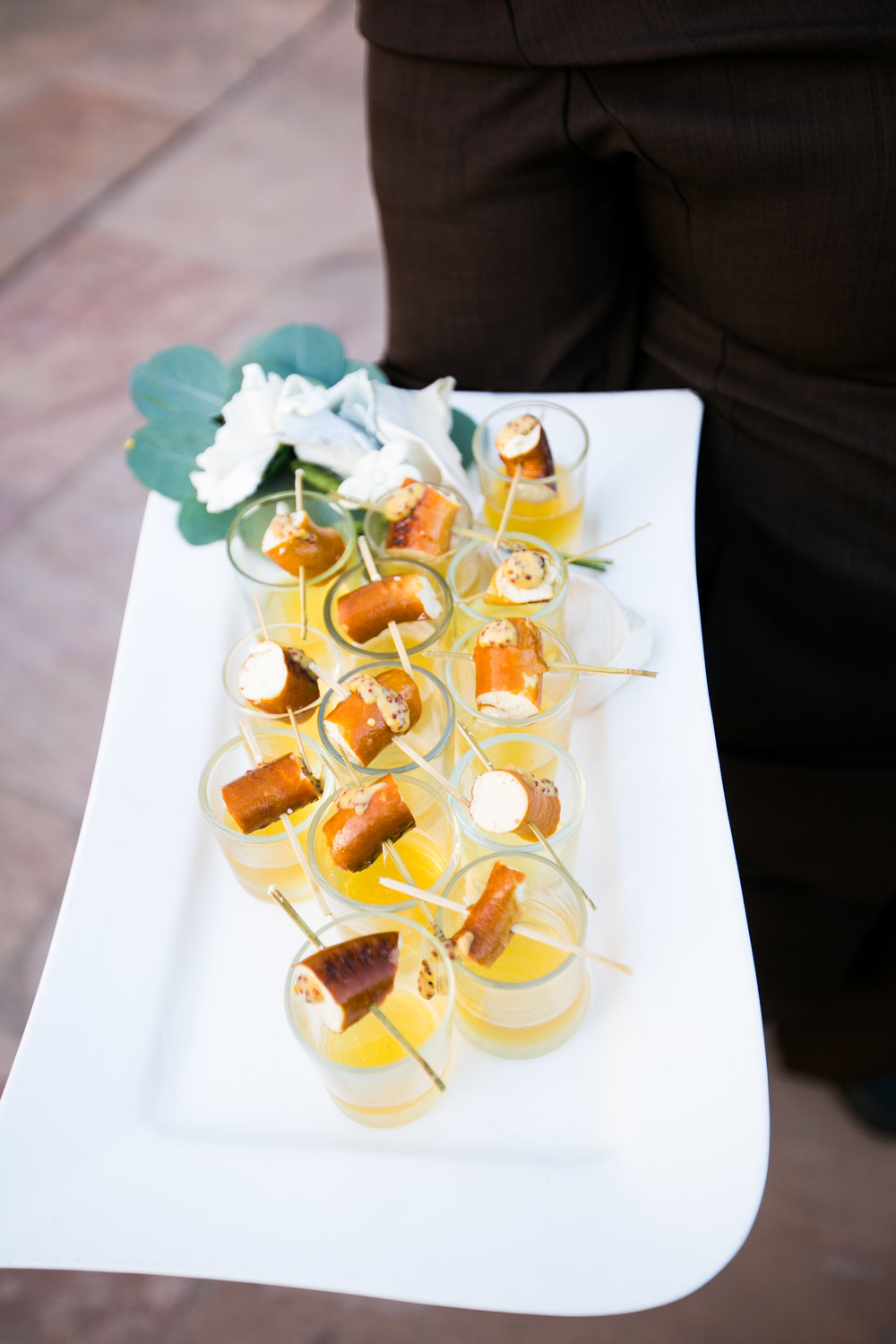 www.santabarbarawedding.com | Four Seasons Santa Barbara | Levine Fox Events | Callaway Gable Photo | Appetizers