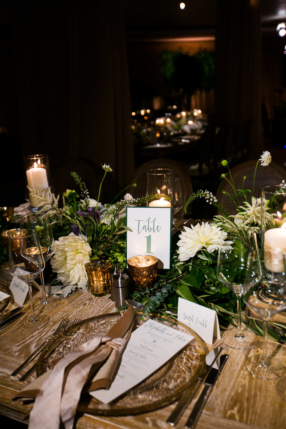 www.santabarbarawedding.com | Four Seasons Santa Barbara | Levine Fox Events | Callaway Gable Photo | Reception Table Details