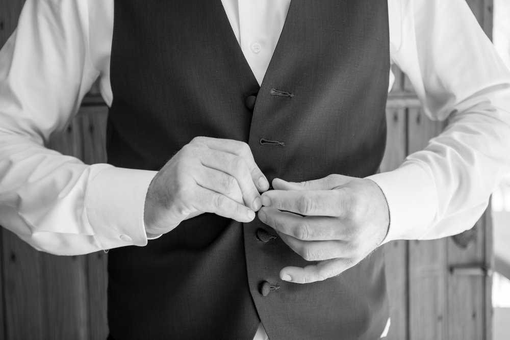 www.santabarbarawedding.com | Elizabeth Victoria Photo | Garden Street Academy | Groom Getting Ready