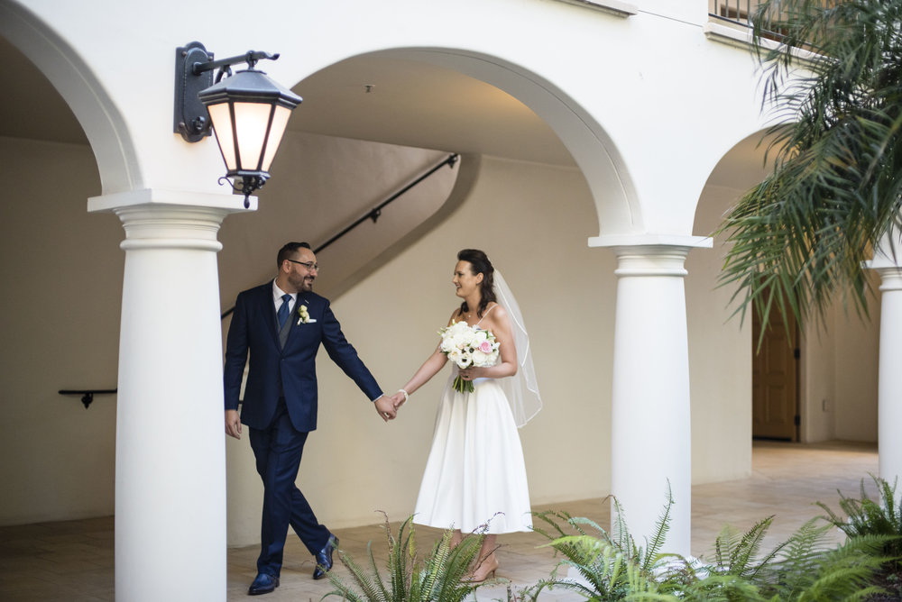 www.santabarbarawedding.com | Santa Barbara Courthouse | By Cherry Photography