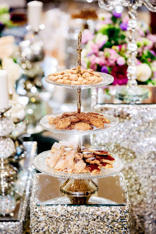 www.santabarbarawedding.com | Bacara Resort | Rewind Photography | Elegant Sofreh Design | Dessert