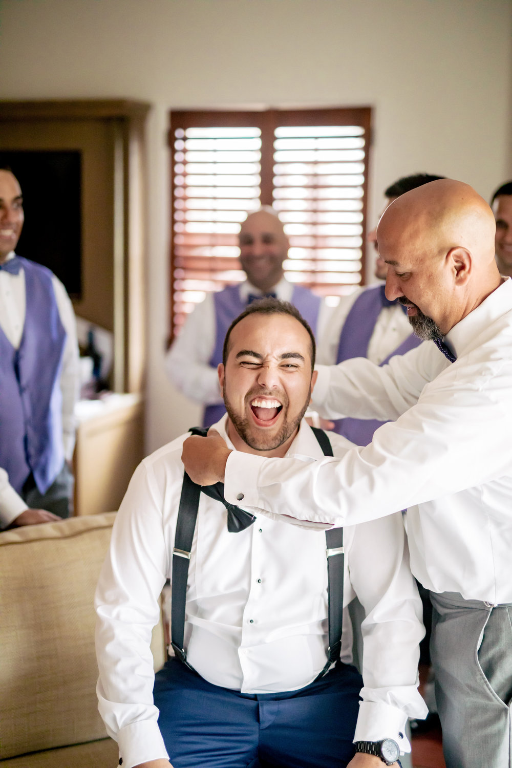 www.santabarbarawedding.com | Bacara Resort | Rewind Photography | Elegant Sofreh Design | Groom getting ready