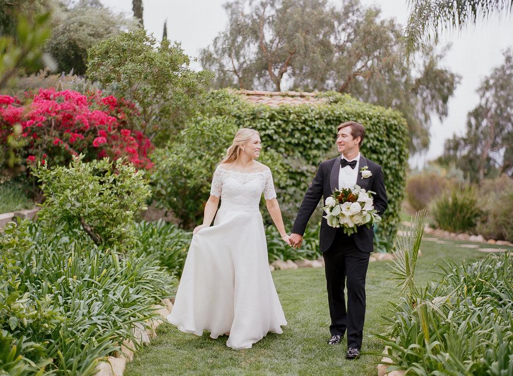 Classic White Wedding   Clarissa Koenig Photography   Felici Events | Ella & Louie