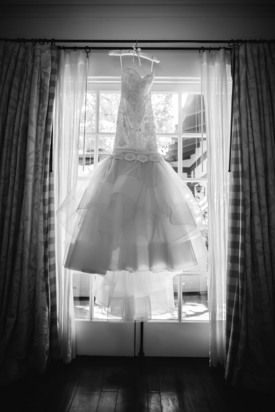 www.santabarbarawedding.com | Ann Johnson Events | Jessica Lewis | The Biltmore | Wedding Gown