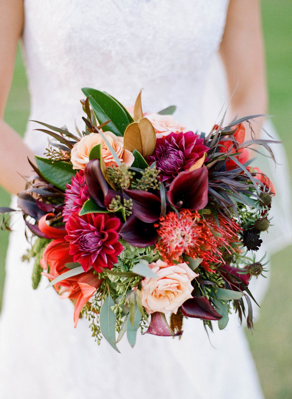 www.santabarbarawedding.com | Clarissa Koenig | Felici Events | Hilton Santa Barbara Beachfront Resort | Bridal Bouquet
