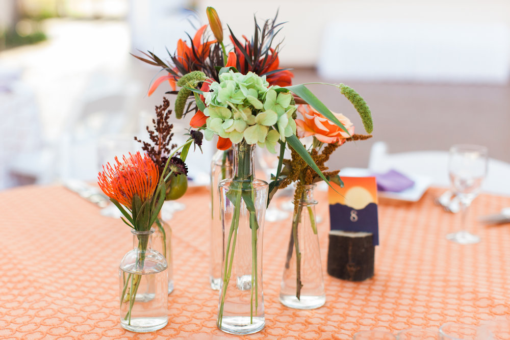 www.santabarbarawedding.com | Clarissa Koenig | Felici Events | Hilton Santa Barbara Beachfront Resort | Floral Arrangements