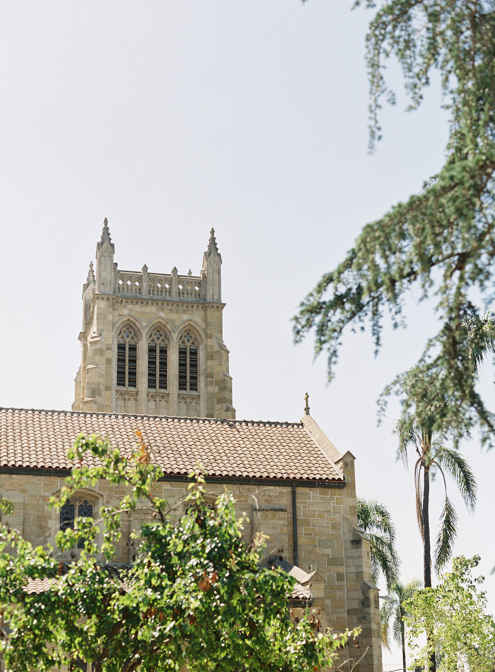 www.santabarbarawedding.com | Trinity Episcopal Church | Elings Park | Sarah Weir | Burlap & Bordeaux | Church