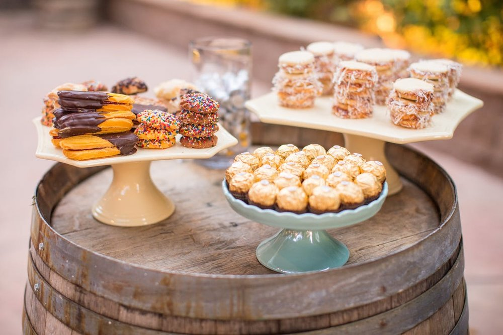 www.santabarbarawedding.com | Anna J Photography | Alegria by Design | Firestone Vineyard | Dessert Table