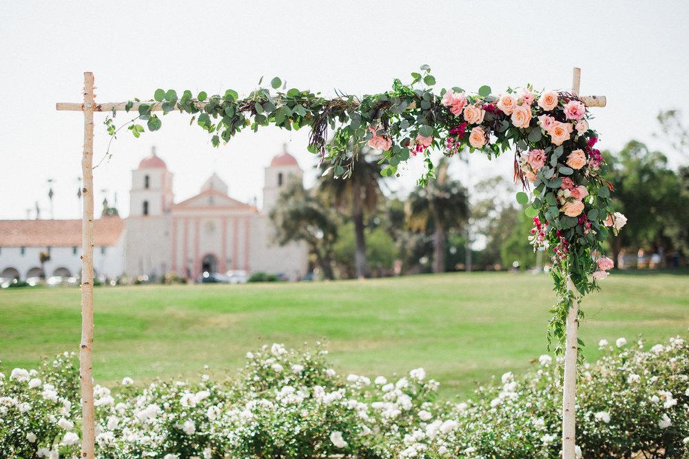 www.santabarbarawedding.com | Canary Hotel | Grace Kathryn Photography | Wedding Arch