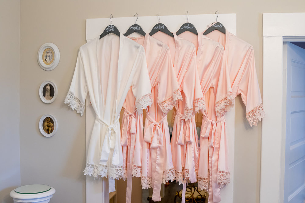 www.santabarbarawedding.com | Camarillo Ranch House | Joshua Rainey | Bridesmaid Robes